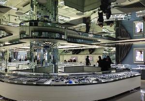90平米现代风格商场商铺展示台效果图赏析