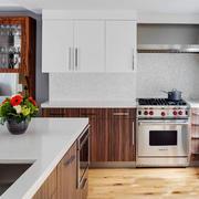 20平米现代美式风格开放式厨房橱柜设计装修效果图