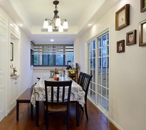 三居室美式风格餐厅厨房隔断装修效果图