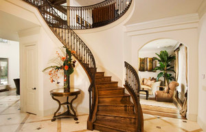 欧式风格两层别墅室内楼梯装修效果图鉴赏