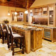 大户型美式乡村风格厨房吧台装修效果图赏析