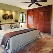 12平米美式乡村风格卧室墙柜装修效果图鉴赏