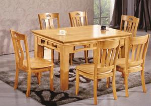 10平米中式风格餐厅实木餐桌装修效果图赏析