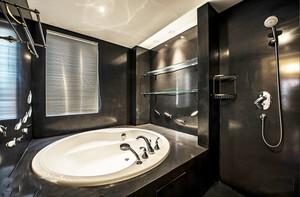 后现代简约风格别墅室内正方形卫生间装修效果图赏析