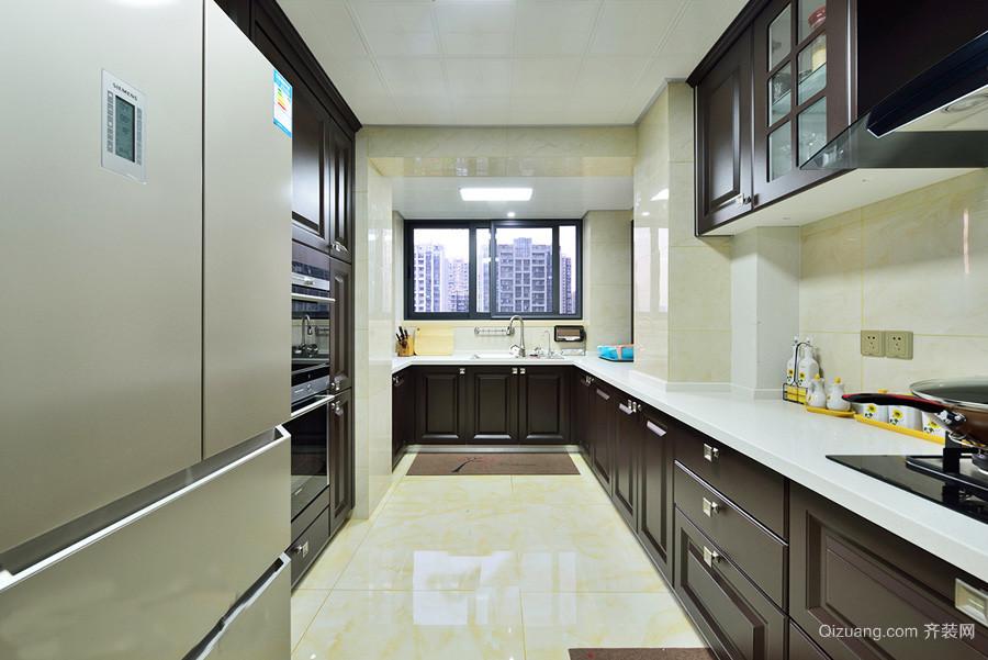 经典欧式风格别墅厨房吧台装修效果图赏析