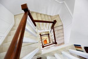 欧式风格别墅楼梯设计效果图鉴赏