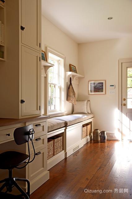 现代欧式风格三居室室内鞋柜装修效果图