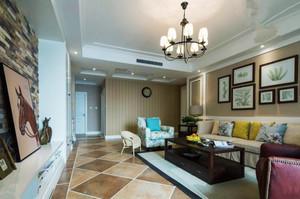 美式田园风格二居室客厅照片墙效果图赏析