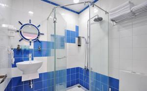 14平米地中海风格卫生间玻璃隔断设计效果图鉴赏