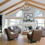 现代美式风格复式楼客厅实木吊顶效果图鉴赏