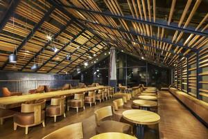 136平米现代混搭风格咖啡厅设计装修效果图