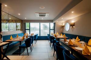 66平米都市简约风格餐厅设计装修效果图赏析