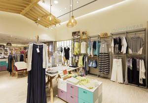 90平米现代简约风格商场服装店装修效果图赏析