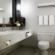 10平米现代简约风格卫生间毛巾架装修效果图赏析