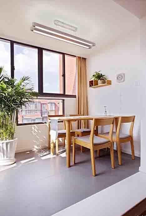 76平米日式风格简约自然餐厅设计效果图