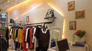 30平米现代风格服装店设计装修效果图鉴赏