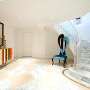 欧式风格两层别墅室内楼梯设计装修效果图