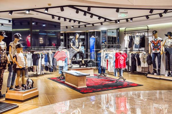 120平米现代风格服装店装修效果图赏析