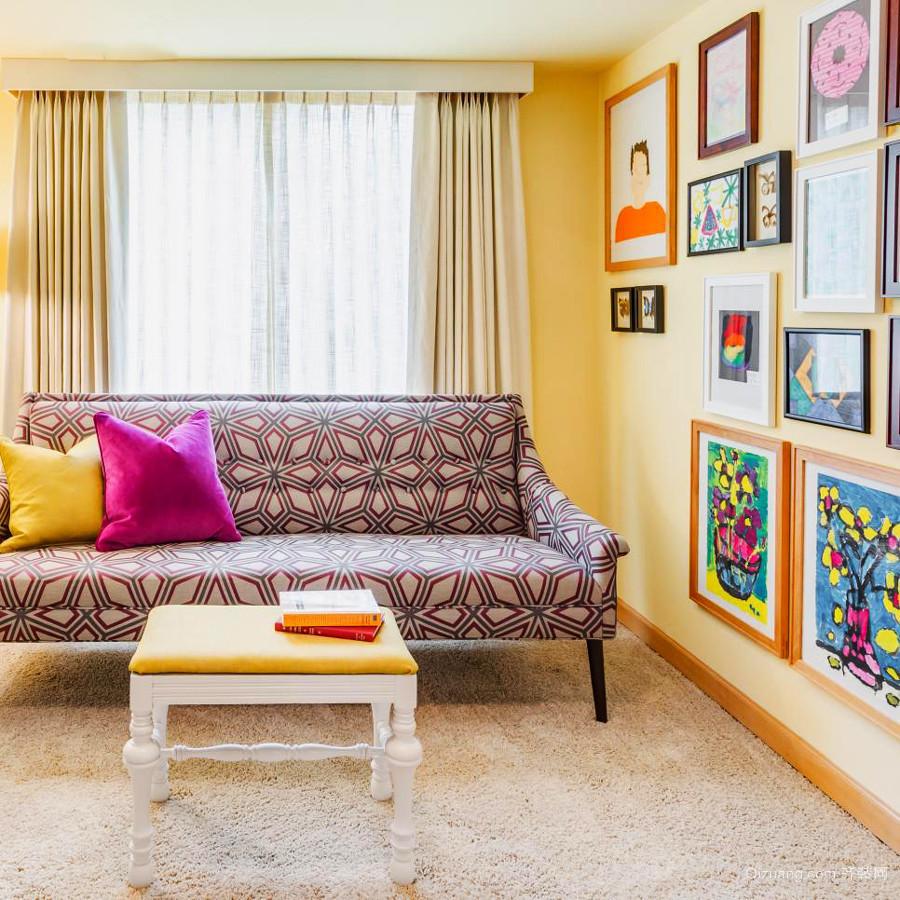 38平米都市小清新风格客厅照片墙效果图鉴赏