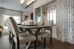 27平米简欧风格餐厅窗帘效果图赏析