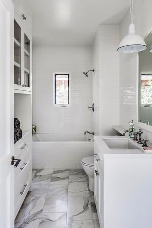 12平米现代简约风格白色卫生间装修效果图鉴赏