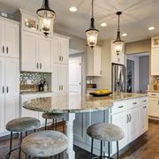 欧式风格大户型厨房整体橱柜设计效果图赏析