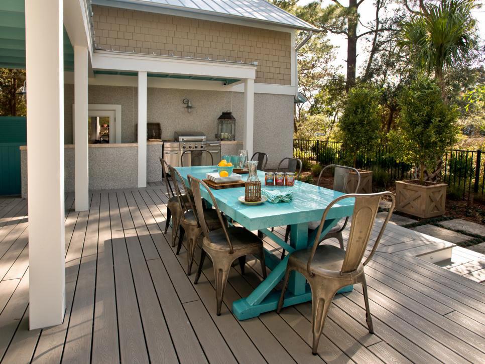 美式风格自建别墅露天餐厅装修效果图赏析