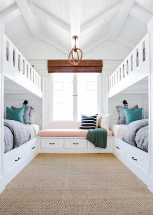 123平米简欧风格阁楼卧室飘窗设计效果图鉴赏