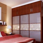 中式风格三居室卧室衣柜设计效果图鉴赏