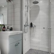 北欧风格一居室卫生间玻璃隔断设计效果图赏析