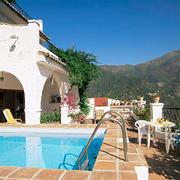 欧式风格别墅室外游泳池设计效果图鉴赏