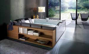后现代风格大户型豪华卫生间浴缸效果图赏析