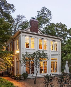欧式风格二层别墅外观装修效果图赏析