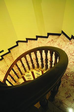 东南亚风格别墅旋转楼梯设计效果赏析