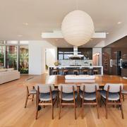 后现代风格大户型餐厅厨房一体装修效果图鉴赏