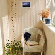 现代简约风格小户型小阳台装修效果图