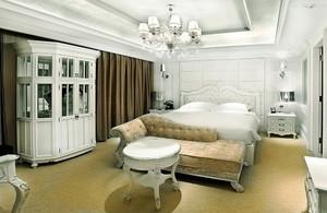 欧式风格三居室卧室装修设计效果图赏析