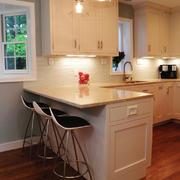 现代风格单身公寓开放式厨房吧台设计效果图