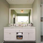 138平米现代简约风格卫生间储物柜设计效果图