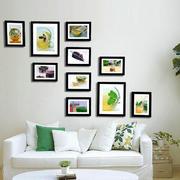 宜家简约风格小户型客厅照片墙设计效果图赏析