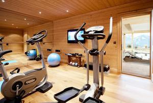 320平米现代风格健身房装修效果图赏析