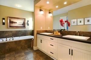 简欧风格大户型卫生间浴室柜设计效果图