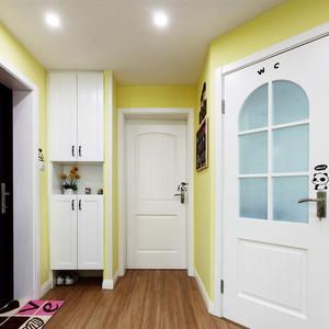 现代简约风格小户型入户玄关鞋柜设计效果图