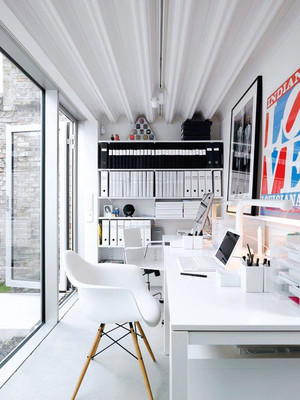 现代简约风格三居室小书房装修设计效果图