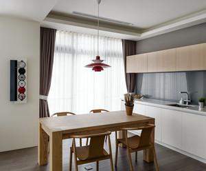 日式简约风格室内实木餐厅餐桌装修效果图