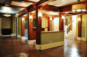 300平米美式乡村风格别墅室内过道吊顶装修效果图