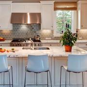 简约欧式风格开放式厨房吧台装修效果图