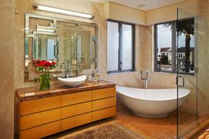 美式风格大户型室内卫生间隔断装修效果图