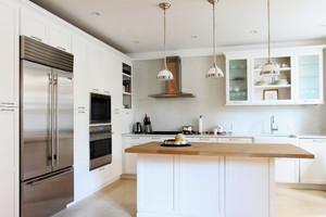 20平米现代简约风格开放式厨房吧台装修效果图