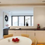现代简约风格厨房餐厅连体设计装修效果图